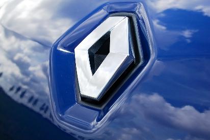 автомобиль марки Renault
